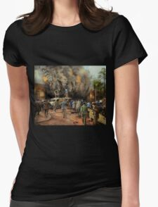 News Reporter - Metrotone News 1928 Womens Fitted T-Shirt