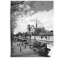 Quai de Montebello de la Tournelle Poster