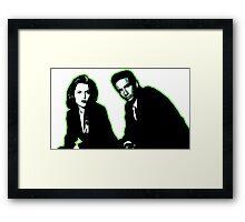 Awesome Dana Scully Fox Mulder - Stencil - THE X FILES - Street art Graffiti Popart Andy warhol Framed Print