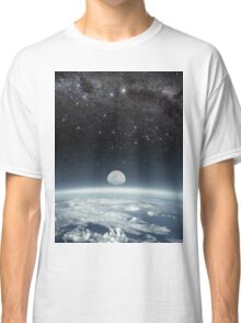 Space bound Classic T-Shirt