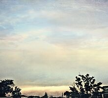 A Pastel Sky by RayenMeraud