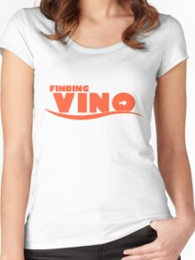 Finding Vino Women's Fitted Scoop T-Shirt