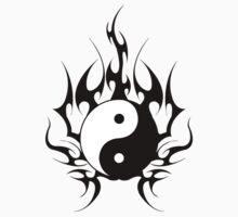 yin yang  Kids Tee