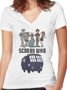 Scooby Who Women's Fitted V-Neck T-Shirt