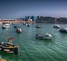 Margate Harbour From The Harbour Arm by Dave Godden