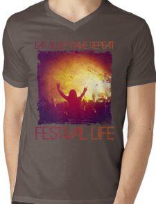 festival life  Mens V-Neck T-Shirt