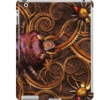 Steampunk - Insect - Itsy bitsy spiders iPad Case/Skin