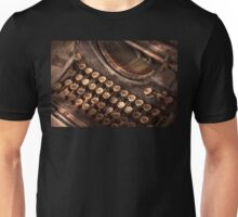 Steampunk - Typewriter - Too tuckered to type Unisex T-Shirt