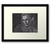 Kate Beckett - Kill shot Framed Print