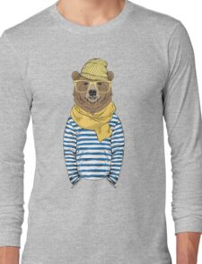 Funny bear dressed up in frock Long Sleeve T-Shirt