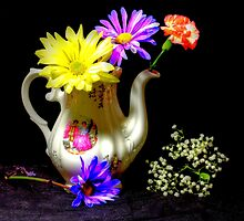 Another pitcher of flowers by henuly1