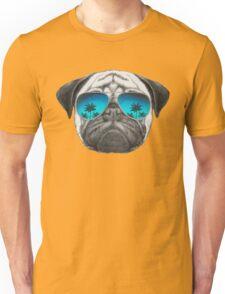 Pug Dog with sunglasses Unisex T-Shirt