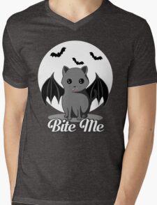 BITE ME VAMPIRE CAT - HALLOWEEN BAT CAT BY BLUETSHIRTCO Mens V-Neck T-Shirt