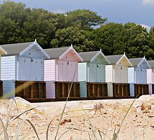 Beautiful Pastel Coloured Beach Huts  (Narrow version) by ScenicViewPics