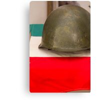 old helmet of war Canvas Print