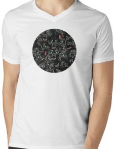 Wolf Pack Pattern Mens V-Neck T-Shirt