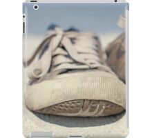 Sneakers old iPad Case/Skin