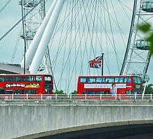 Buses promocionan película de Diana de Gales....... by cieloverde