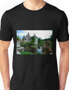 Scotney Castle Unisex T-Shirt