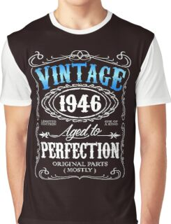 70th birthday gift for men Vintage 1946 aged to perfection 70 birthday Graphic T-Shirt