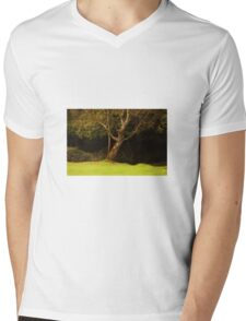 The leaning tree Mens V-Neck T-Shirt