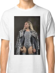 BEYONCE FORMATION WORLD TOUR Classic T-Shirt