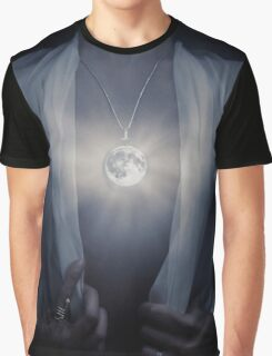 Woman with glowing Full Moon pendant on her chest art photo print Graphic T-Shirt