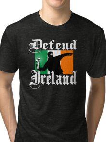 Defend Ireland (Vintage Distressed Design) Tri-blend T-Shirt