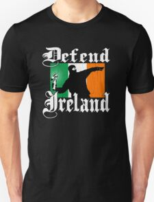 Defend Ireland (Vintage Distressed Design) T-Shirt