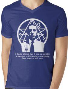 The Outsider (H.P. Lovecraft) Mens V-Neck T-Shirt