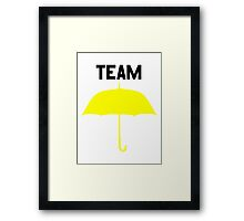Team Yellow Umbrella – Mother, Ted, HIMYM Framed Print