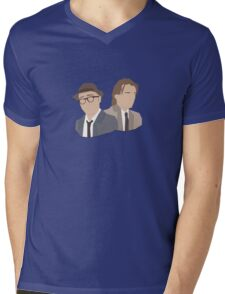 'Bottom' / 'Rik Mayall' Vector Artwork Mens V-Neck T-Shirt