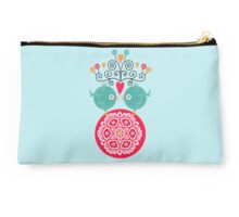 curly whirly lovebirds with heart flowers Studio Pouch