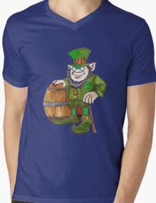 IRISH LEPRECHAUN Mens V-Neck T-Shirt
