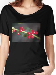 holly berry macro Women's Relaxed Fit T-Shirt