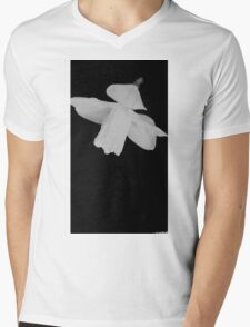 Daffodil Mens V-Neck T-Shirt