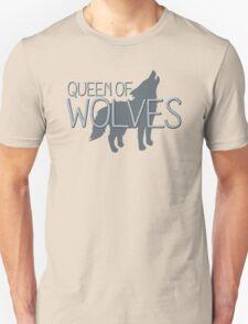 Queen of wolves Unisex T-Shirt