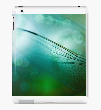 Emerald Damselfly  iPad Case/Skin
