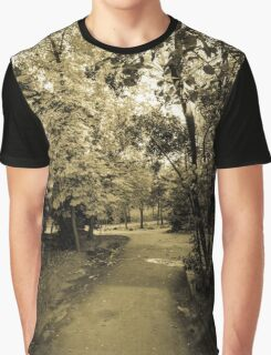Entering to Wonderland Graphic T-Shirt