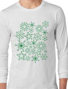 Snowflakes on green Long Sleeve T-Shirt