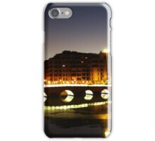 Sobre el puente iPhone Case/Skin