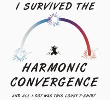 I survived the Harmonic Convergence- light shirt design T-Shirt