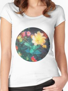 VINTAGE FLOWERS Women's Fitted Scoop T-Shirt