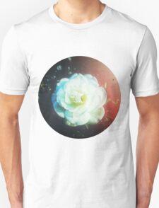 VINTAGE WHITE FLOWER Unisex T-Shirt
