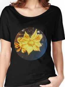 VINTAGE GOLD FLOWER Women's Relaxed Fit T-Shirt