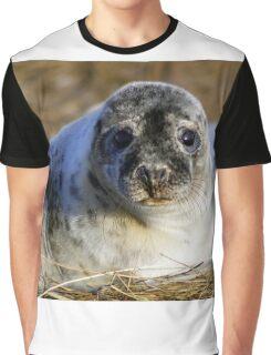 Grey seal pup Graphic T-Shirt
