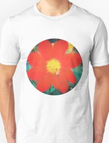 VINTAGE RED FLOWER Unisex T-Shirt