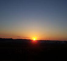 Dawn Breaks by cabmusic