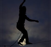 MOON WALKING- FINE LINE VISIONS SLACKLINE PROJECT by SlacklineBalAus