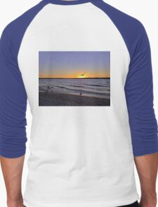 Landing on the Sun Men's Baseball ¾ T-Shirt